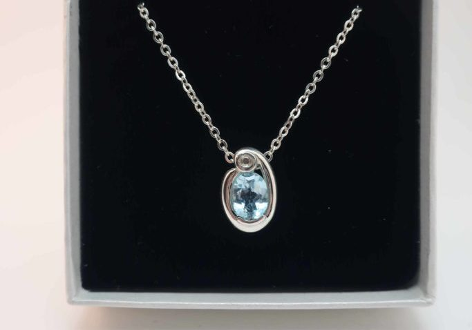 Silver Aquamarine and diamond pendant